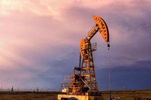 原油市场的两份重磅报告!delta变异毒株肆虐 原油需求突然大反转……